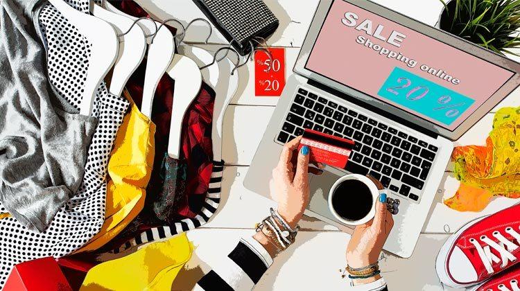 3 E-Commerces de Moda Feminina Para Comprar Sem Sair de Casa